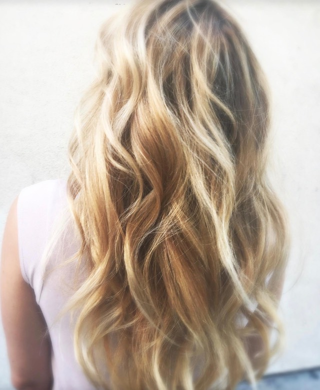 Sombre blended blonde tones else known as sombre hair color 2016