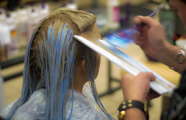 Balayage hair painting with Colour Wand  tools