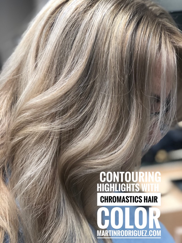 Contouring High-lights best hair colorist Martin Rodriguez.