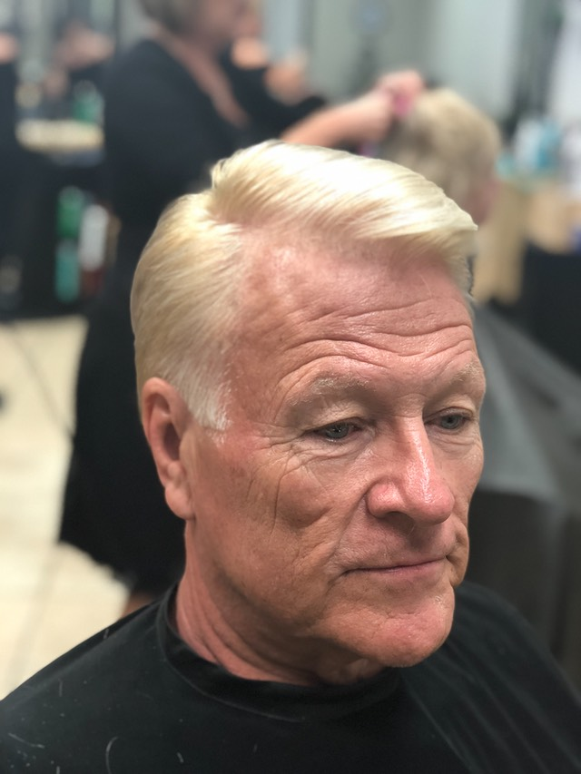 Hair colorist Martin Rodriguez specializes in hair Blonding , color-Correction Balayage hair painting  and gray hair coverage for men and women.Hair cuts and stylist that complements your lifestyle.